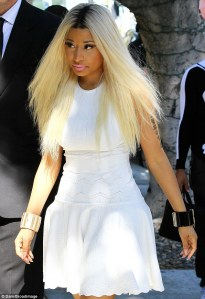 Nicki-Minaj-blonde-white-23022013