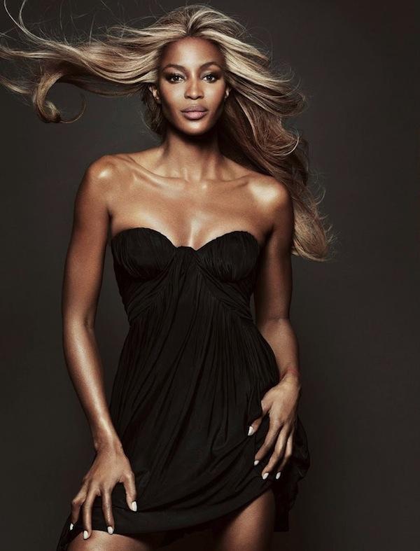 Naomi-Campbell-Vogue-Brazil-May-2013-03