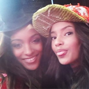 British Beauties Jourdan Dunn and Malaika Firth sneak in a selfie